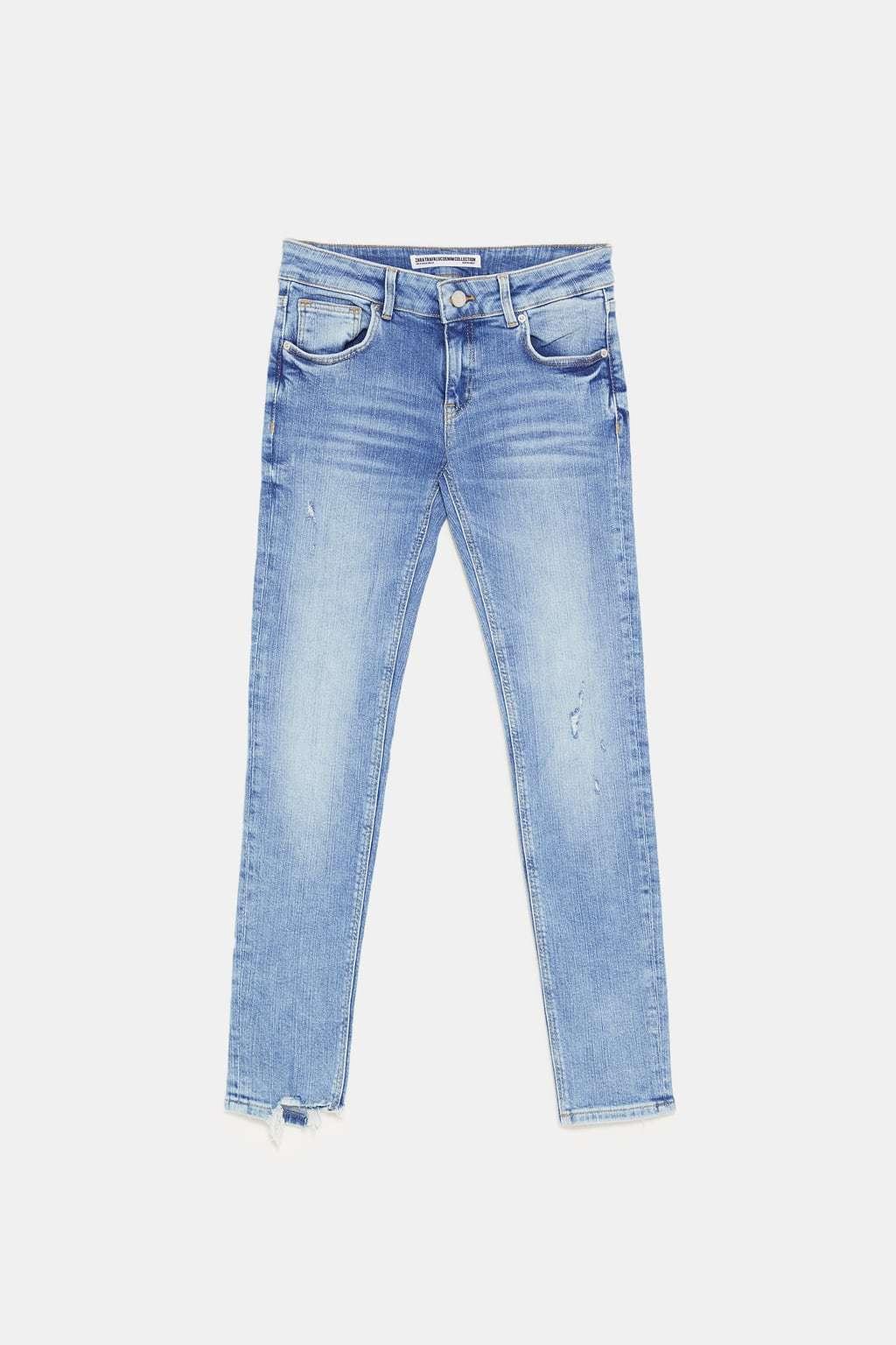 Jeans Super Low Rise de Zara. (29,95 euros).