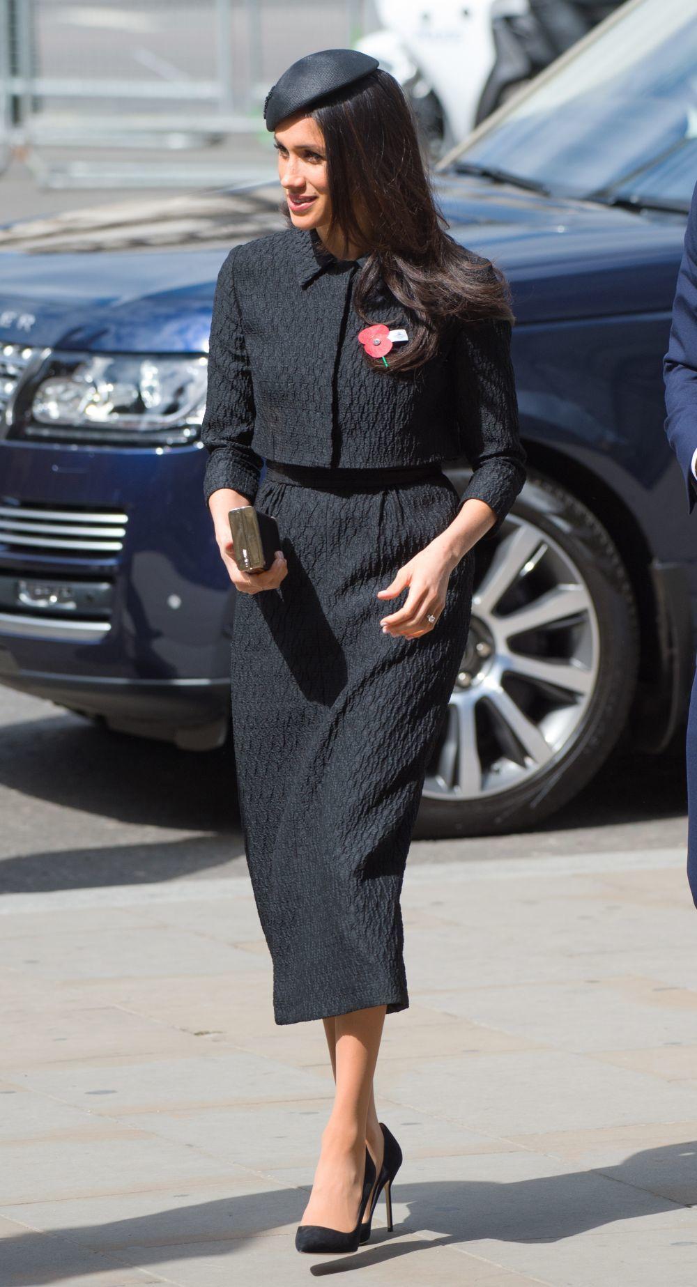 Meghan Markle muy elegante con sombrero de ala ancha en el Día de...