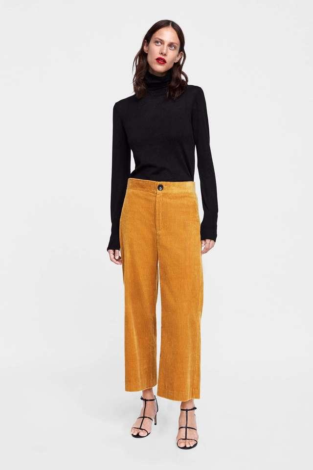 mejor sitio web df332 24a4b Pantalones de pana, de Zara | Rebajas de invierno 2019: las ...