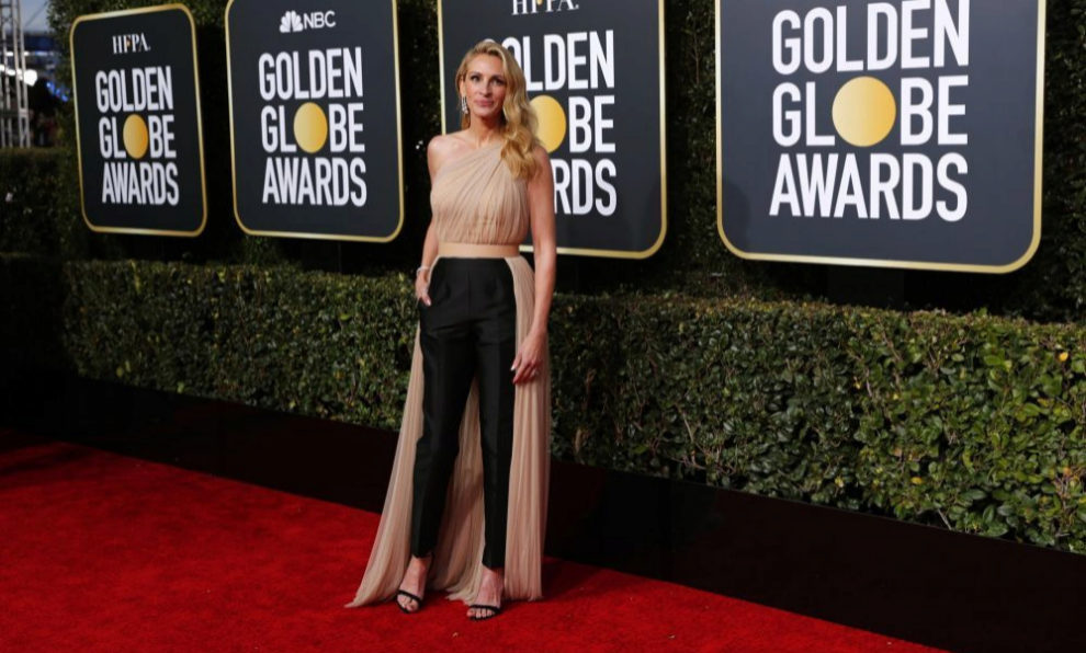 Julia Roberts en la alfombra roja de los Globos de Oro.