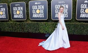 Dakota Fanning en los Globos de Oro.