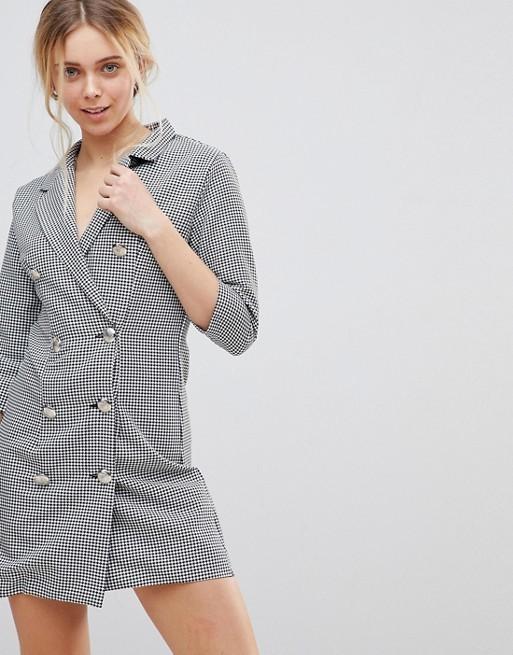 Vestido tipo blazer de pata de gallo en Asos por 16,99 euros