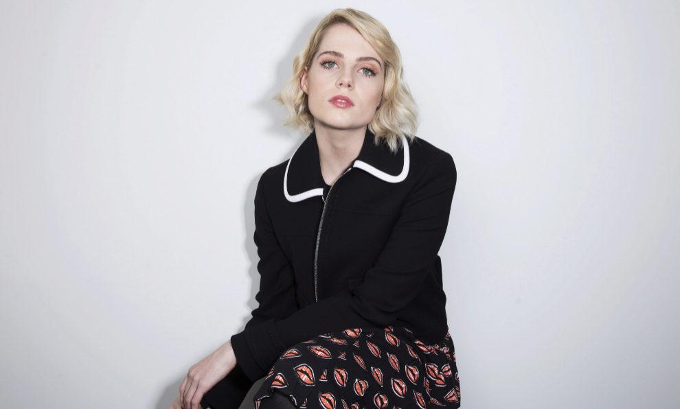 """La actriz Lucy Boynton en la promoción de """"La enviada del mal""""."""