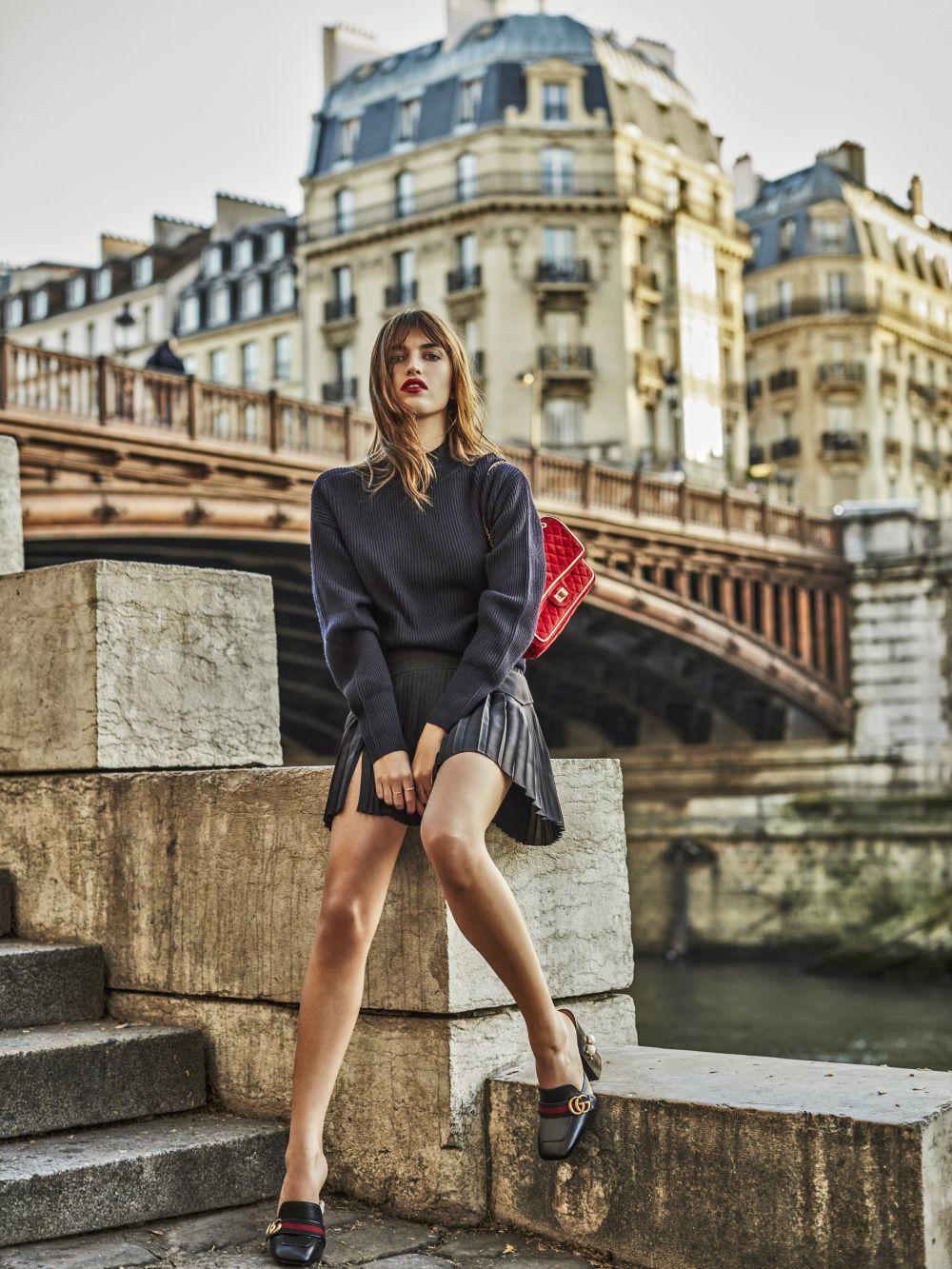Jeanne Damas disfruta de los pequeños placeres franceses y se rinde...