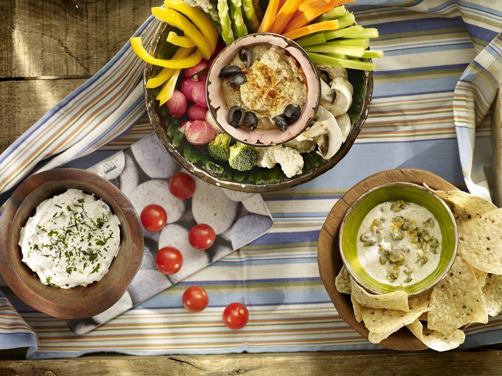 Las verduras, las hortalizas y las frutas deben ser la base de la...