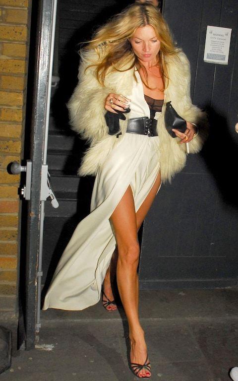 Kate Moss con 33 años.