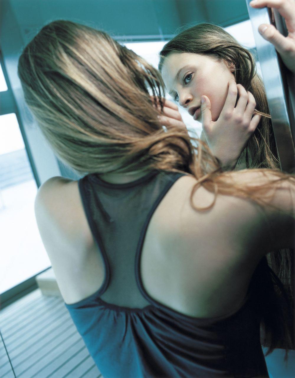 Descubre aquí más bases de maquillaje para pieles grasas.