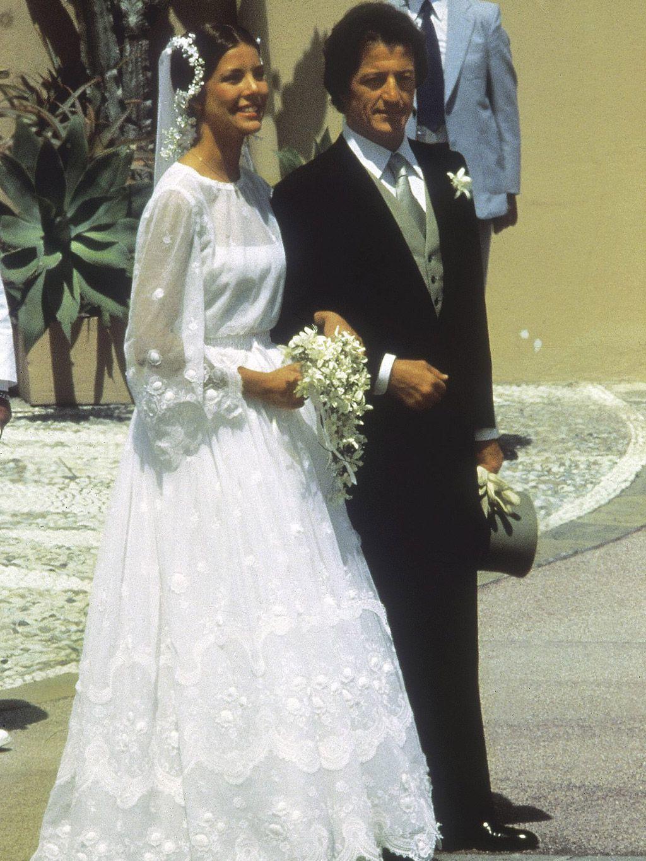 Carolina de Mónaco en su boda con  Philippe Junot.
