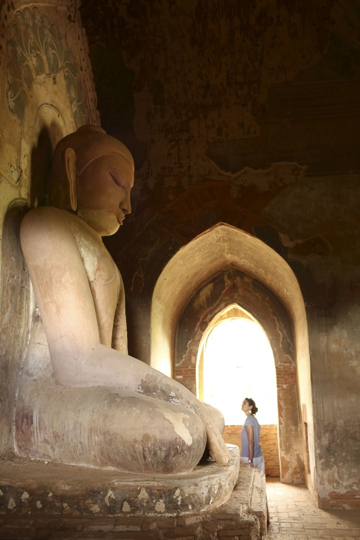 Interior de un templo en Bagán.