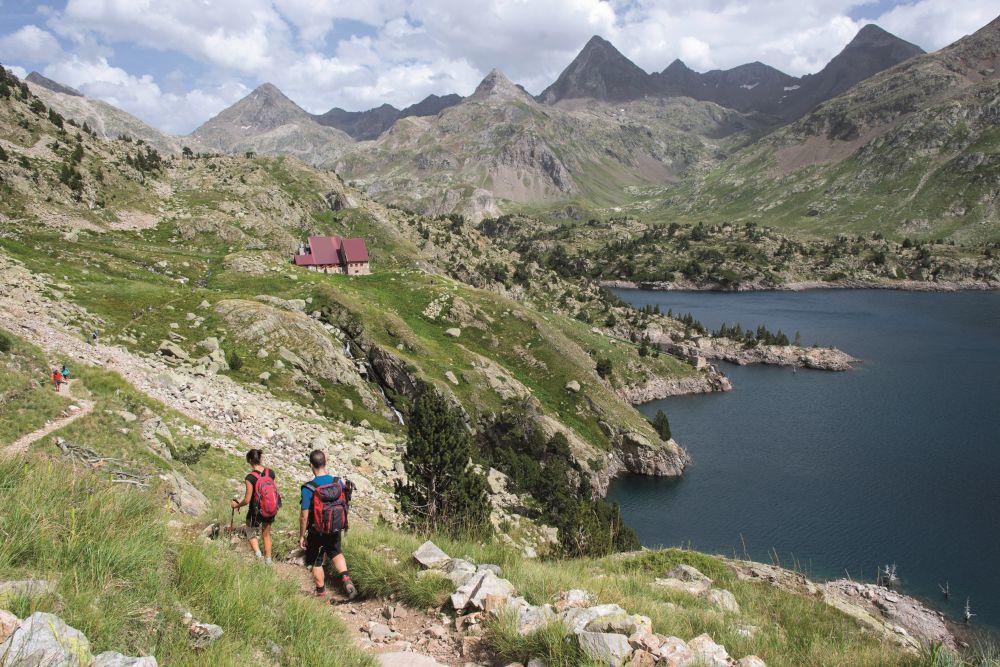 Ruta por los Pirineos, camino al refugio de Respomuso.