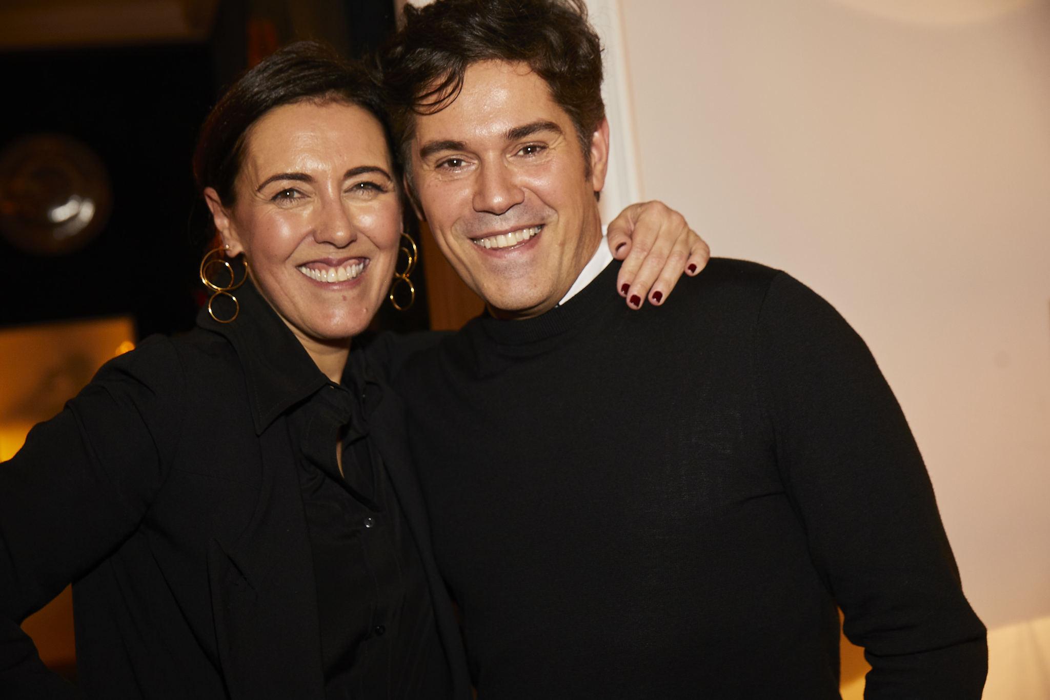 Olga Ruiz, directora de TELVA, y Jorge V