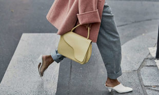 Los 10 zapatos de tacón sensato favoritos del street style c34c6b03eb64