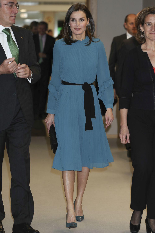 La reina Letizia con mono de Zara.
