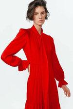 ¿Por qué este vestido de Zara se agotó (en todas las tallas) nada más salir?