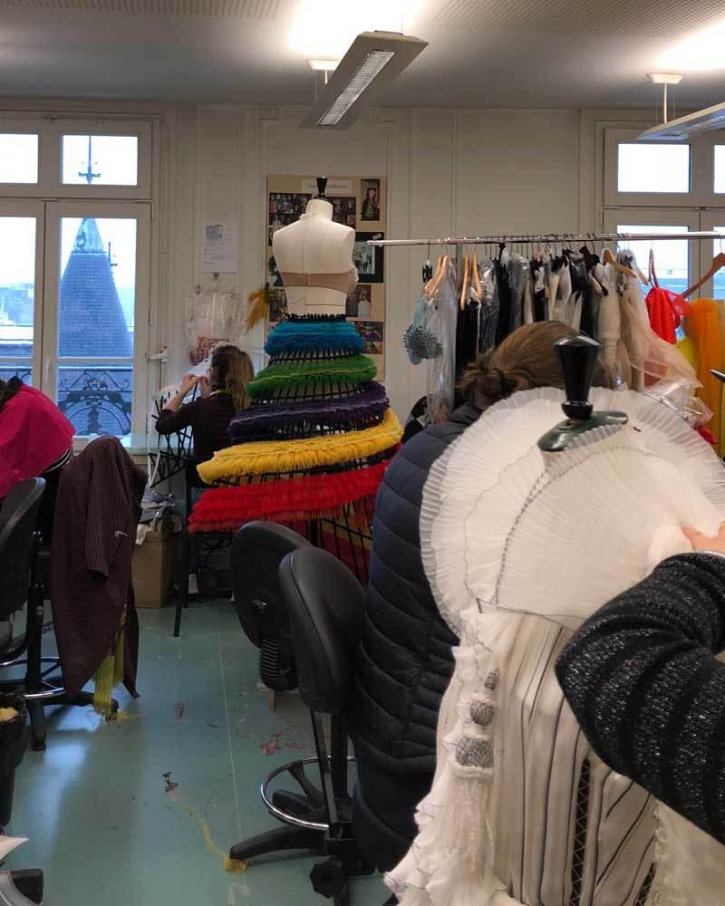 En el atelier de Jean Paul Gaultier.