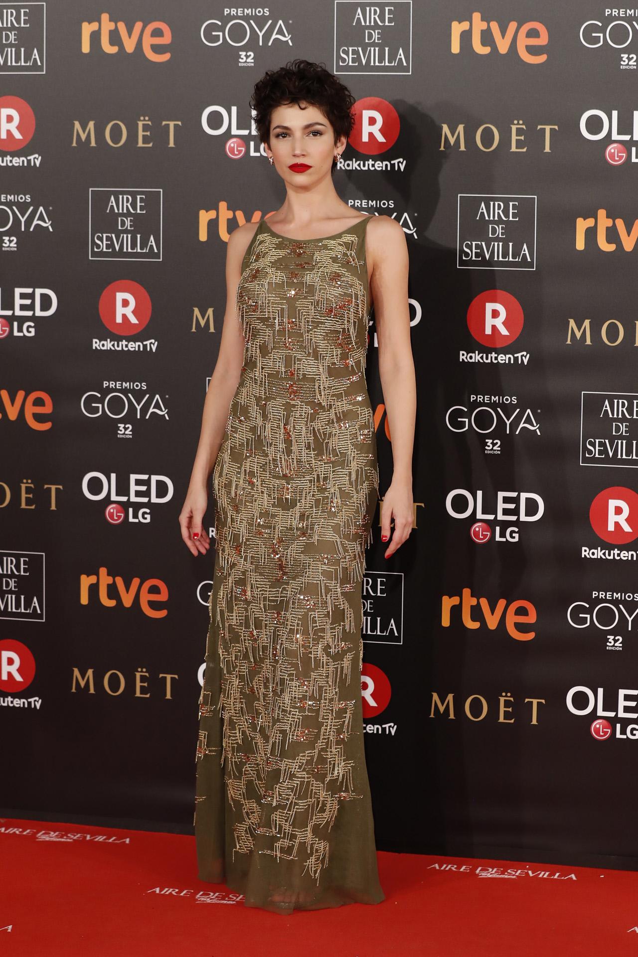 Úrsula Corberó en la alfombra roja de los Goya 2018.