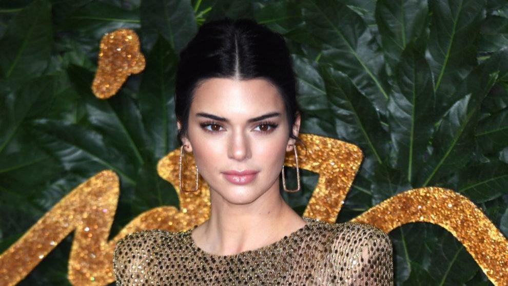 Kendall Jenner antes de experimentar con su nuevo flequillo.