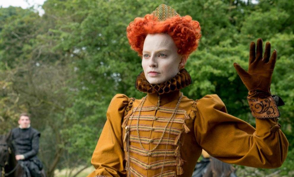 """Margot Robbie es Isabel I de Inglaterra en """"María, reina de Escocia""""."""