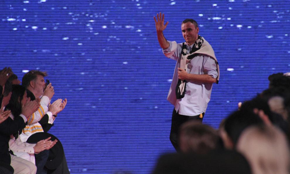 Raf Simons tras su último desfile para Calvin Klein.