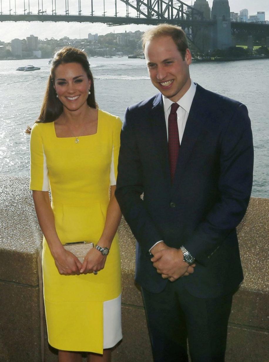 Kate Middleton en Sydeney con un vestido amarillo de Roksanda.
