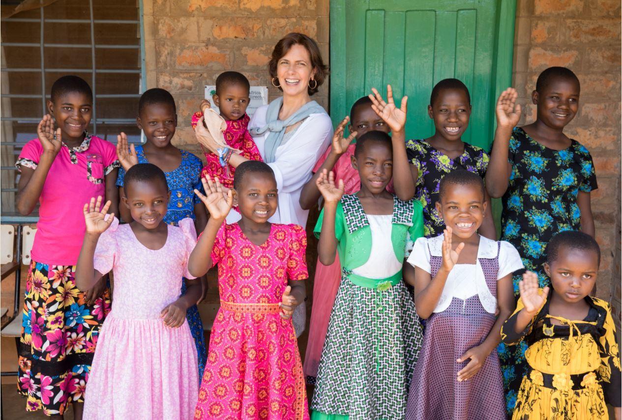 María Franco, miembro del jurado, en Tanzania con África Directo, la...
