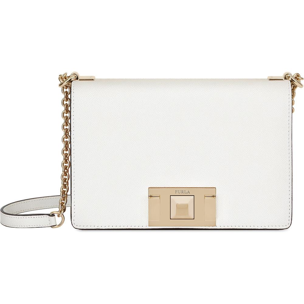 Bolso Mimi en blanco, de Furla (270 euros).