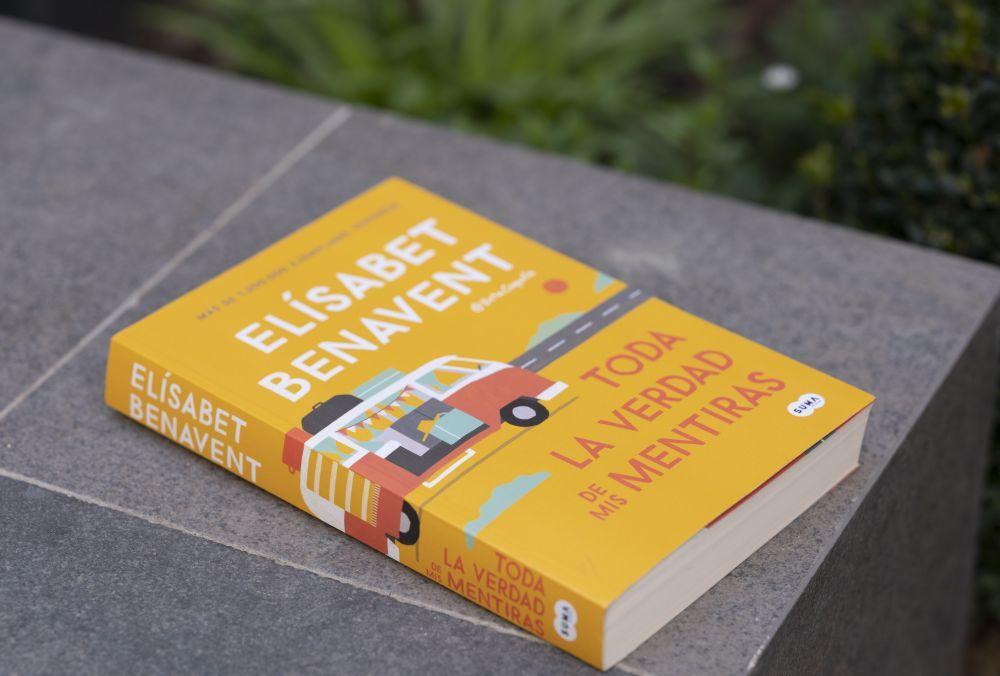 """""""Toda la verdad de mis mentiras"""", de Elísabet Benavent, el nuevo libro que SUMA de letras publica el 21 de febrero."""