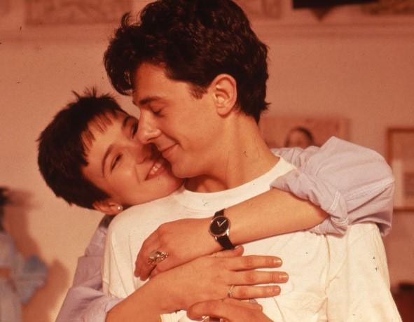 """Fotograma de la película """"Amo tu cama rica"""" con Ariadna Gil y Pere..."""
