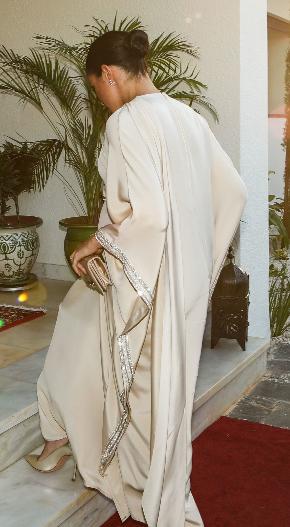 Los detalles del vestido de Meghan Markle firmado por Dior.