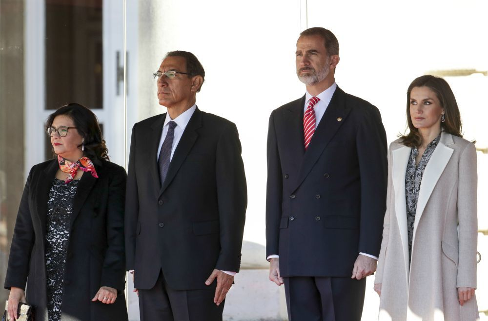 Los reyes con el presidente de Perú y su mujer.