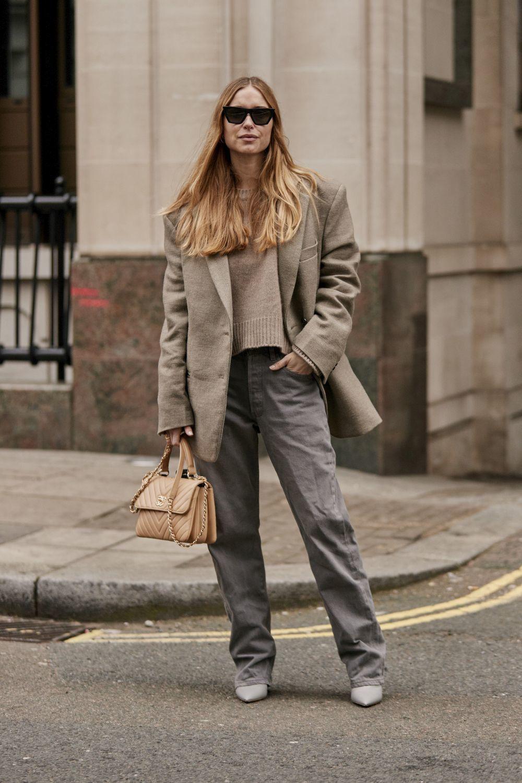 La influencer Pernille Teisbaek con un blazer XL.