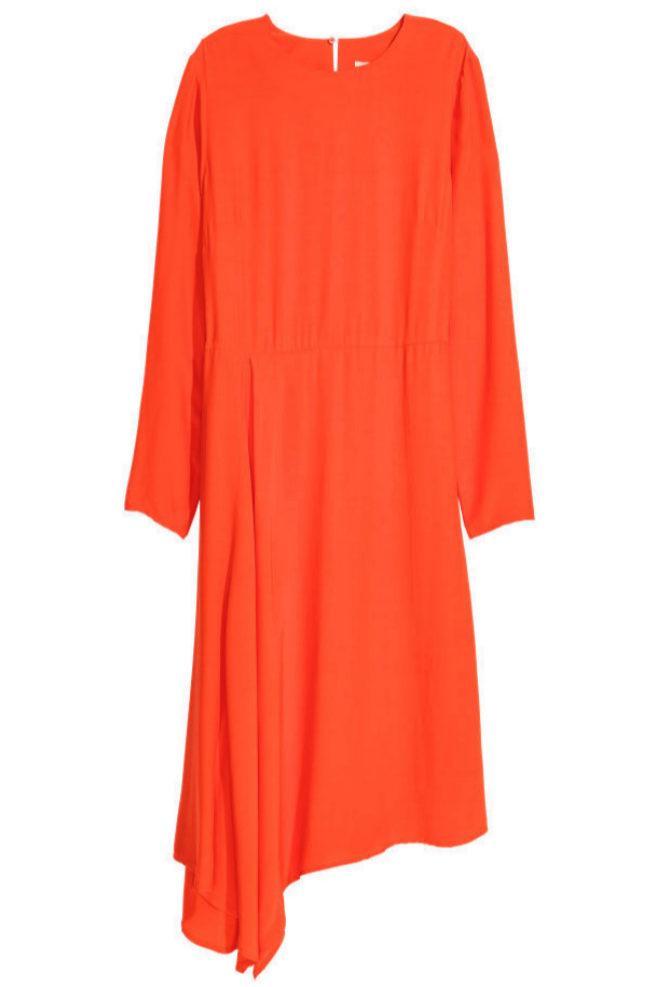 Vestido asimétrico en color naranja de H&M