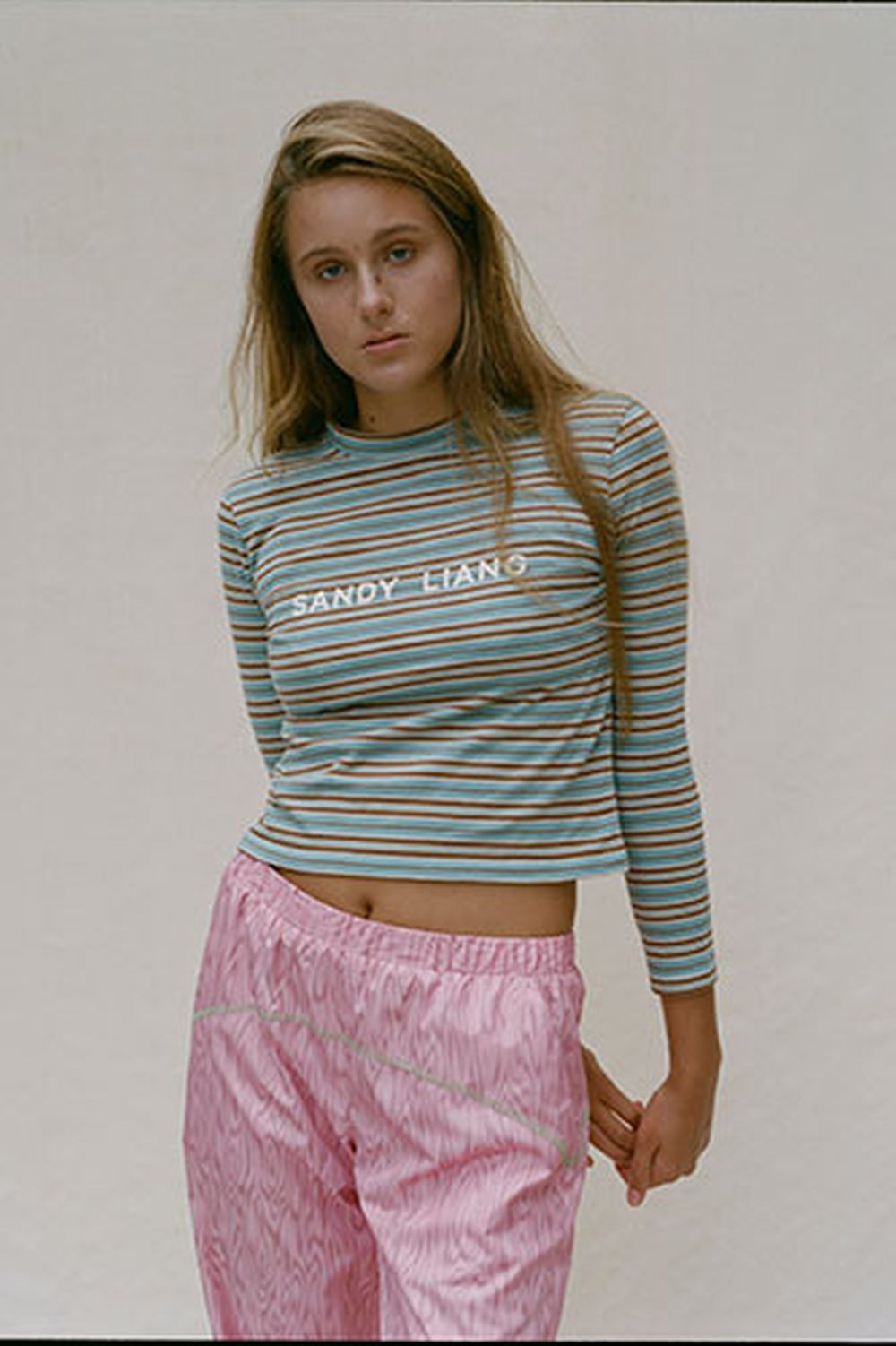 Look de una marca que nos encanta, Sandy Liang que ya lleva Gigi Hadid