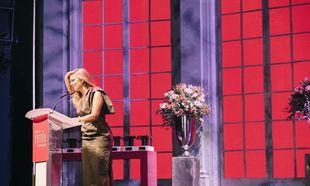 La periodista Isabel Marín fue la encargada de presentar los Premios...