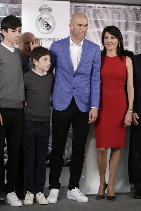 La familia Zidane Fernández en la anterior presentación de Zinedine...