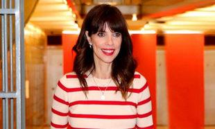 Maribel Verdú con el pintalabios rojo que sienta bien a todas.