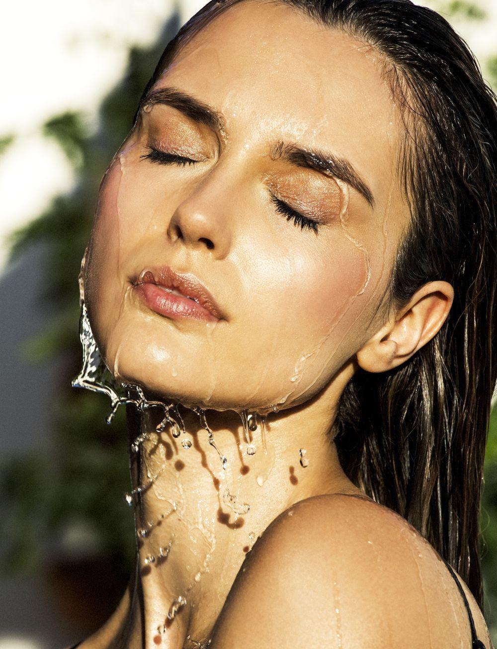 La hidratación es fundamental para tener una piel bonita y luminosa.