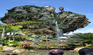 Una de las mejores experiencias es pasear por el reino de Avatar.