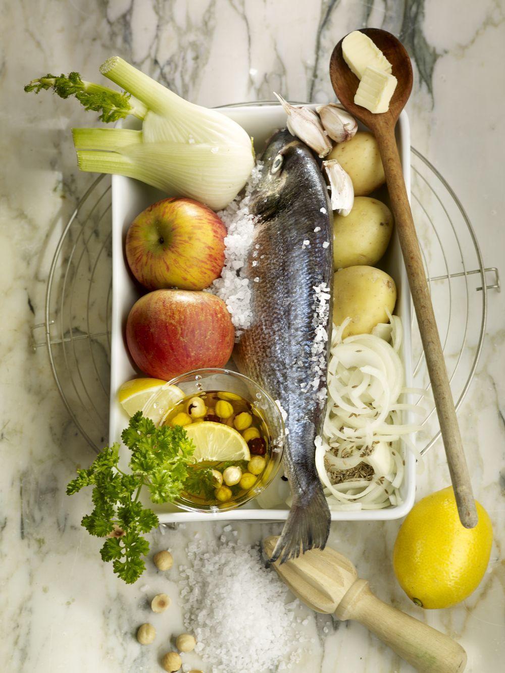 Los pescados, las carnes magras, las verduras y las hortalizas son la base de la comida real.