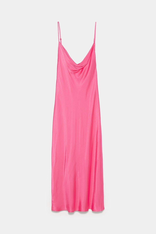 Vestido de Zara (29,95 euros)