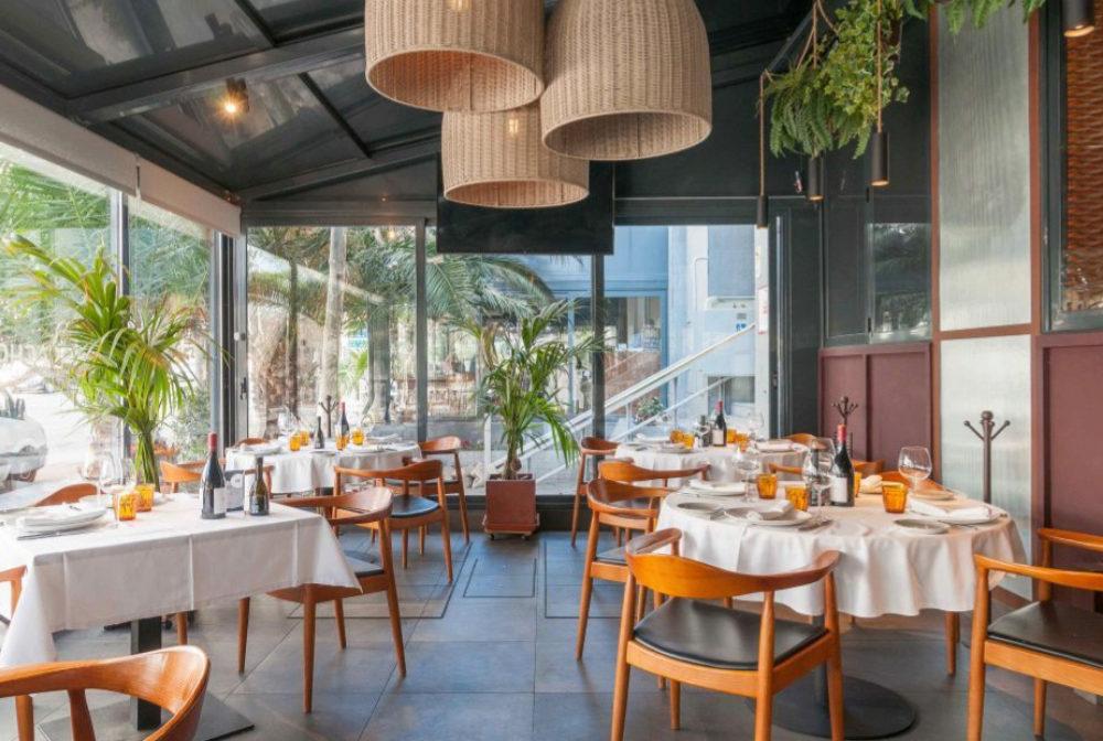 Terraza del restaurante Rocacho