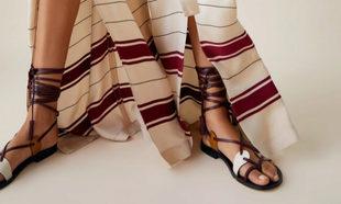 Sandalia de piel de Zara