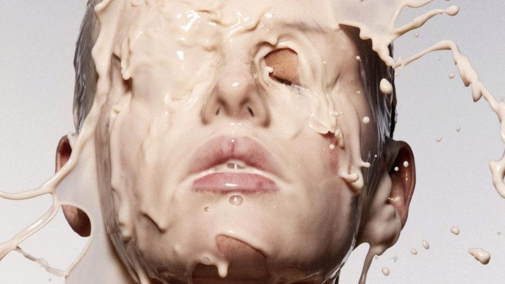 Estos son los mitos más extendidos acerca de la base de maquillaje y...