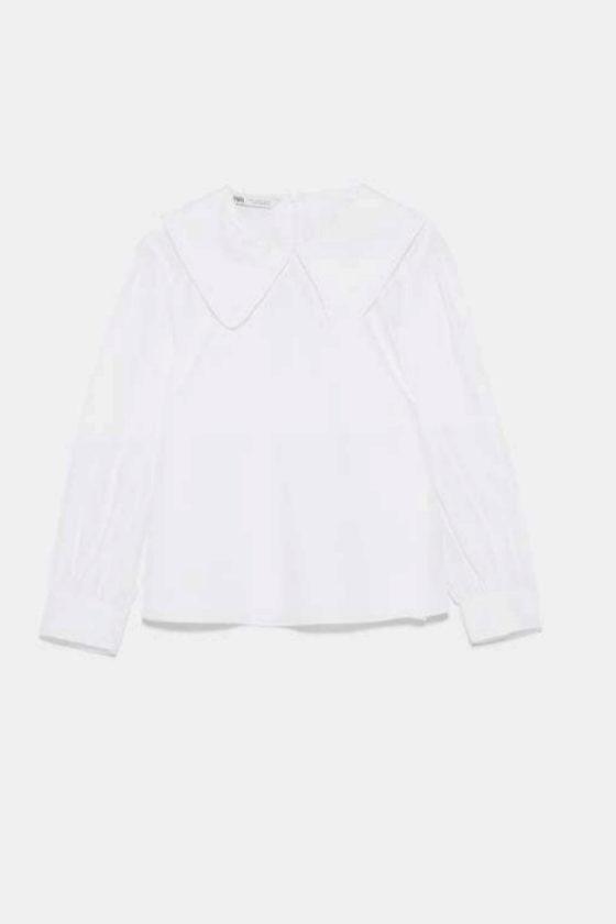 Blusa con cuello de popelín de Zara