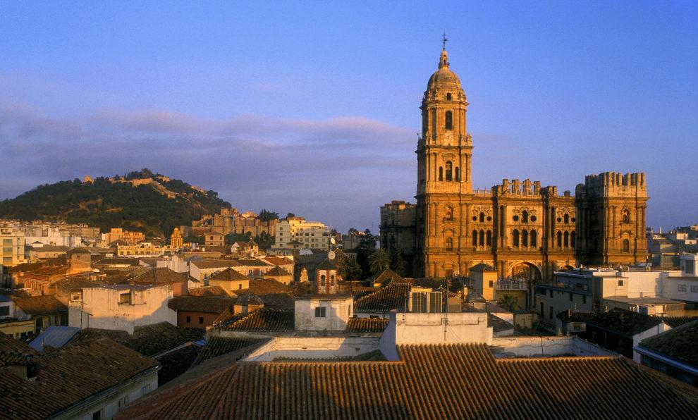 Málaga es uno de los destinos nacionales favoritos para visitar en...