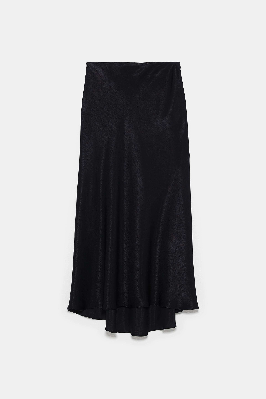 Falda de Zara (25,95 euros).