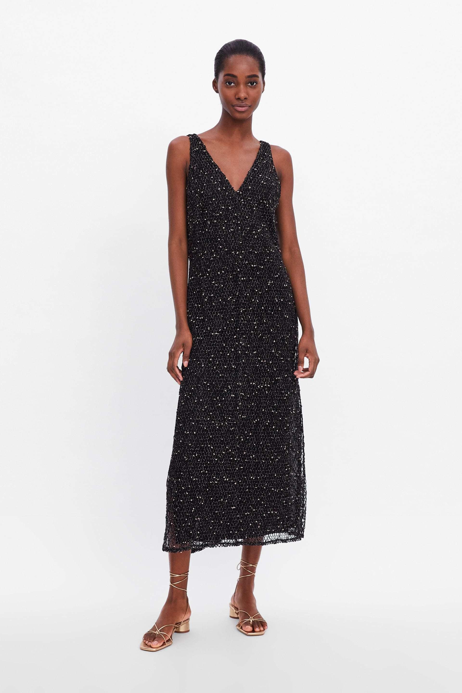 Vestido red de Zara (29,95 euros).