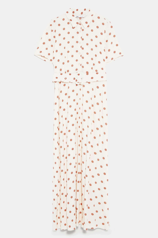 Vestido con cinturón y print de lunares de Zara