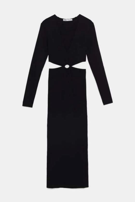 Vestido negro con cut outs de Zara