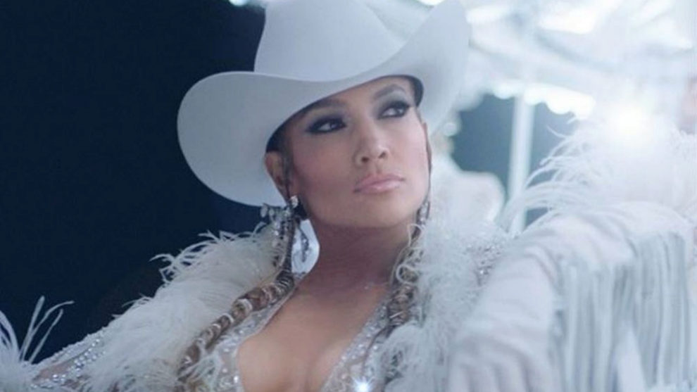 Jennifer López promociona su nuevo single en instagram